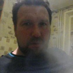 Молодой кавказец, ищу девушку (женщину) для занятия виртуальным сексом в скайпе