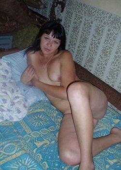 Похотливая девушка ищет горячего мужчину для секса в Ульяновске