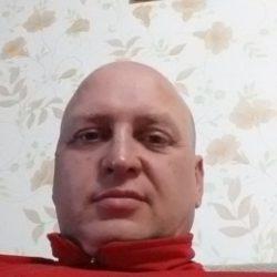 Молодой парень ищет девушку для одной или постоянных встреч в Ульяновске